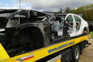 Dziupla samochodowa i zabezpieczone części