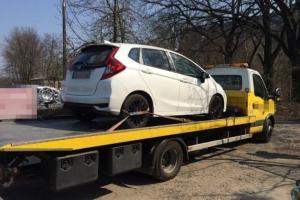Jeden ze skradzionych samochodów